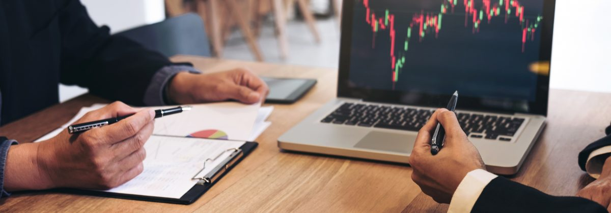 How Do Pivot Points Influence Trading?
